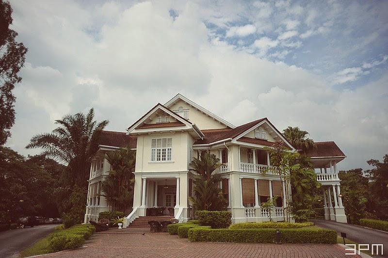 bungalow white castle