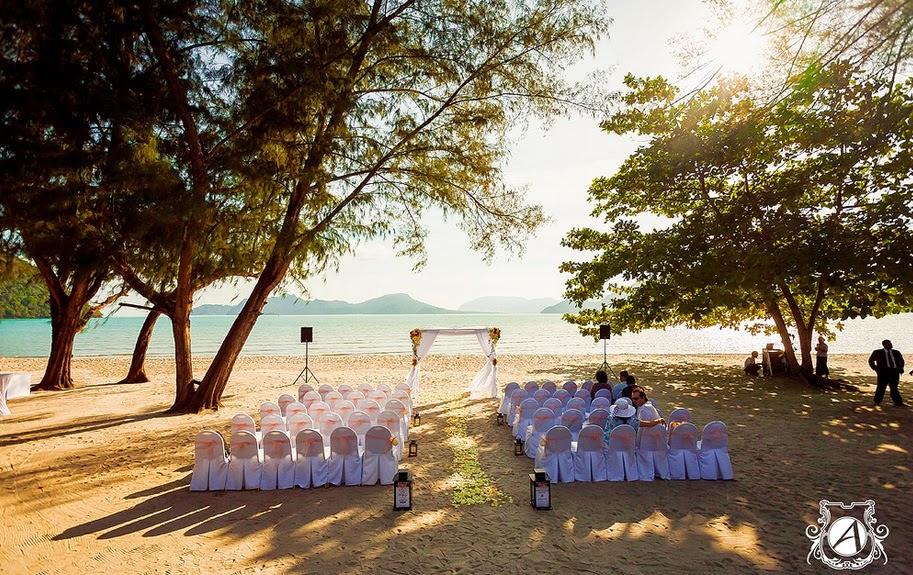 beach wedding at Westin Langkawi Resort