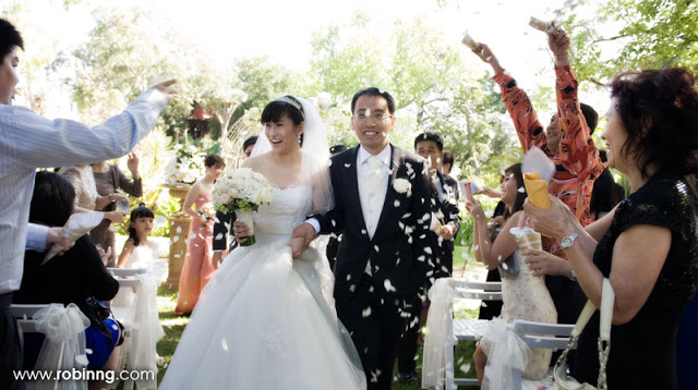 outdoor wedding in aussie