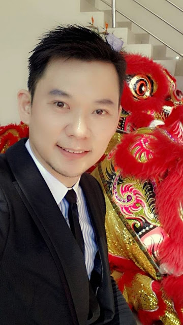 tall chinese guy emcee wedding