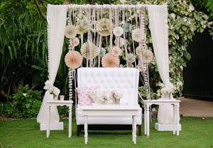 chairs for groom bride