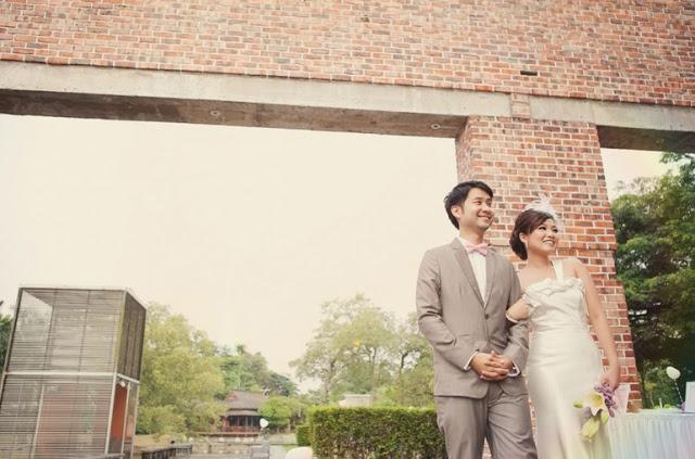 architecture backdrop wedding photogrraphy