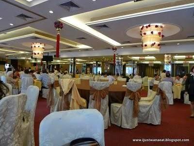 square ceiling red carpet
