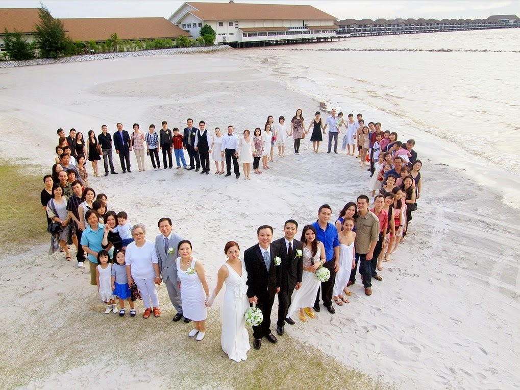 golden palm tree resort Sepang wedding love shape formation