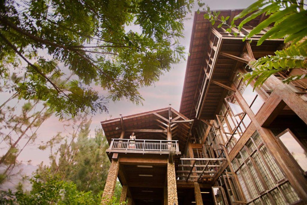 papan malay house with tall legs