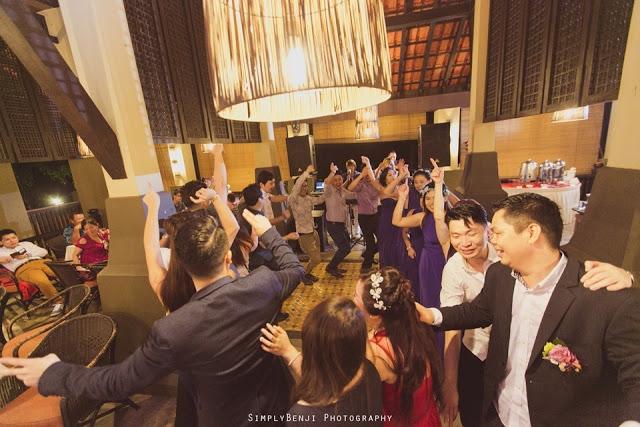 fun wedding dance