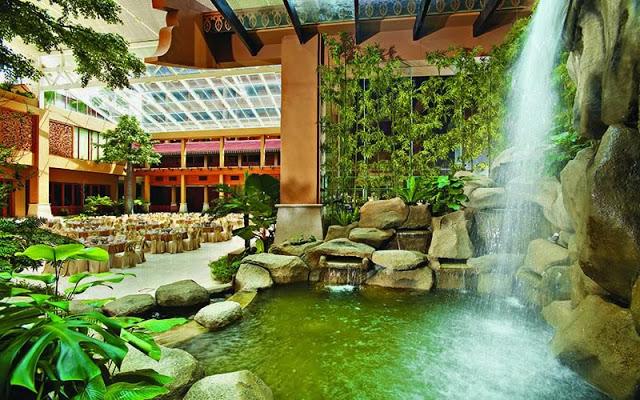 indoor water feature garden KL