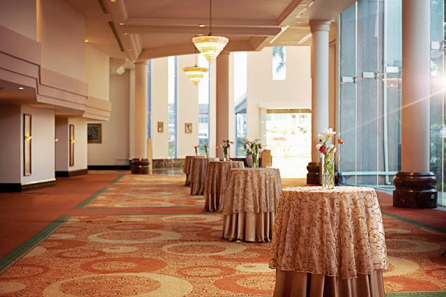 foyer ballroom