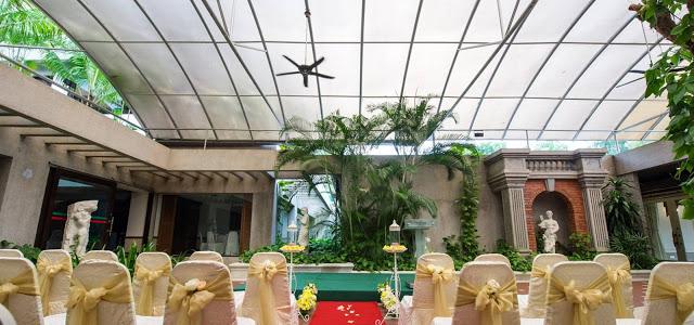 garden wedding with see through roof subang selangor