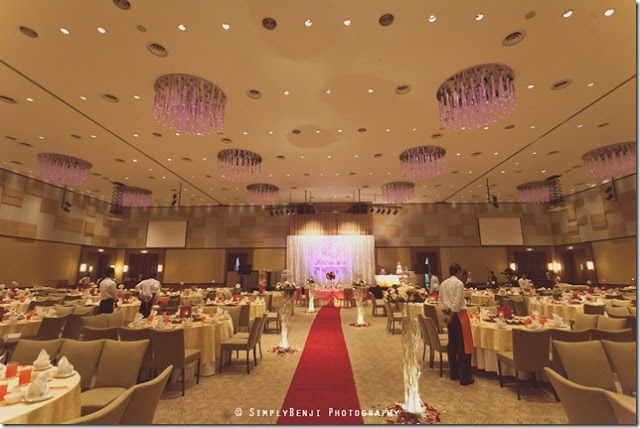 Premiere klang hotel wedding banquet purple chandelier