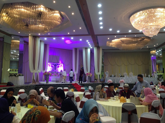 crystal lighting wedding hall rental Malaysia
