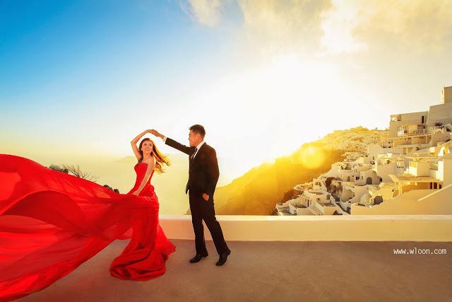 santorini sunset dance