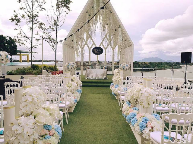 UCSI Hotel Kuching garden wedding chapel grass lawn