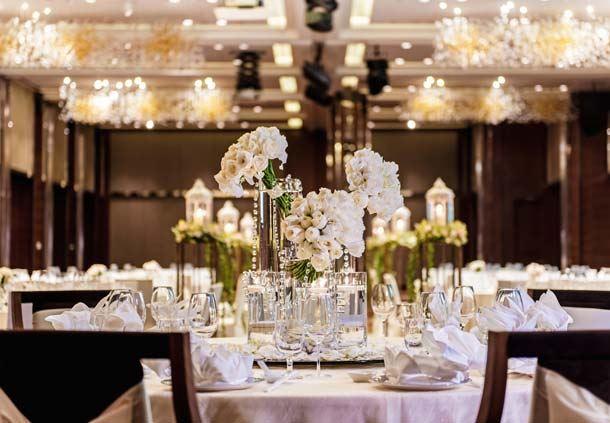 Renaissance-Hotel-JB flower wedding decor