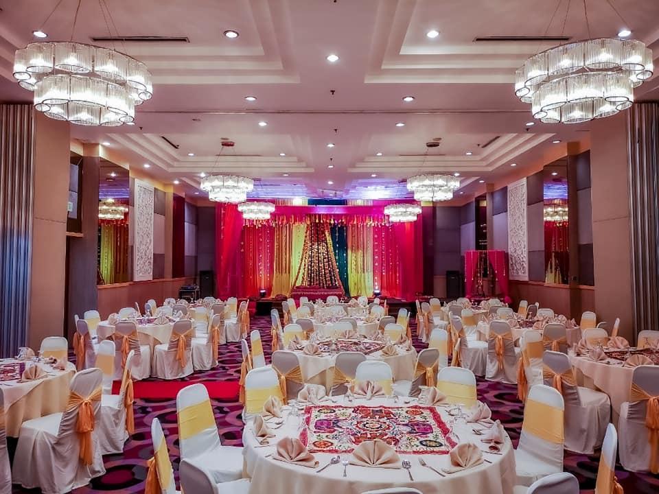 crystal crown pj wedding ballroom flower indian wedding
