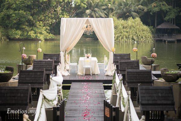 garden-rom-canopy-gita-bayu-emotions wedding