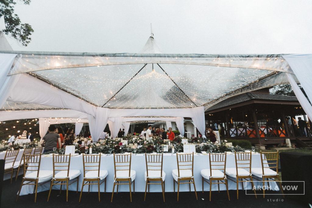 puncak dani arch & vow wedding dining under stars lights