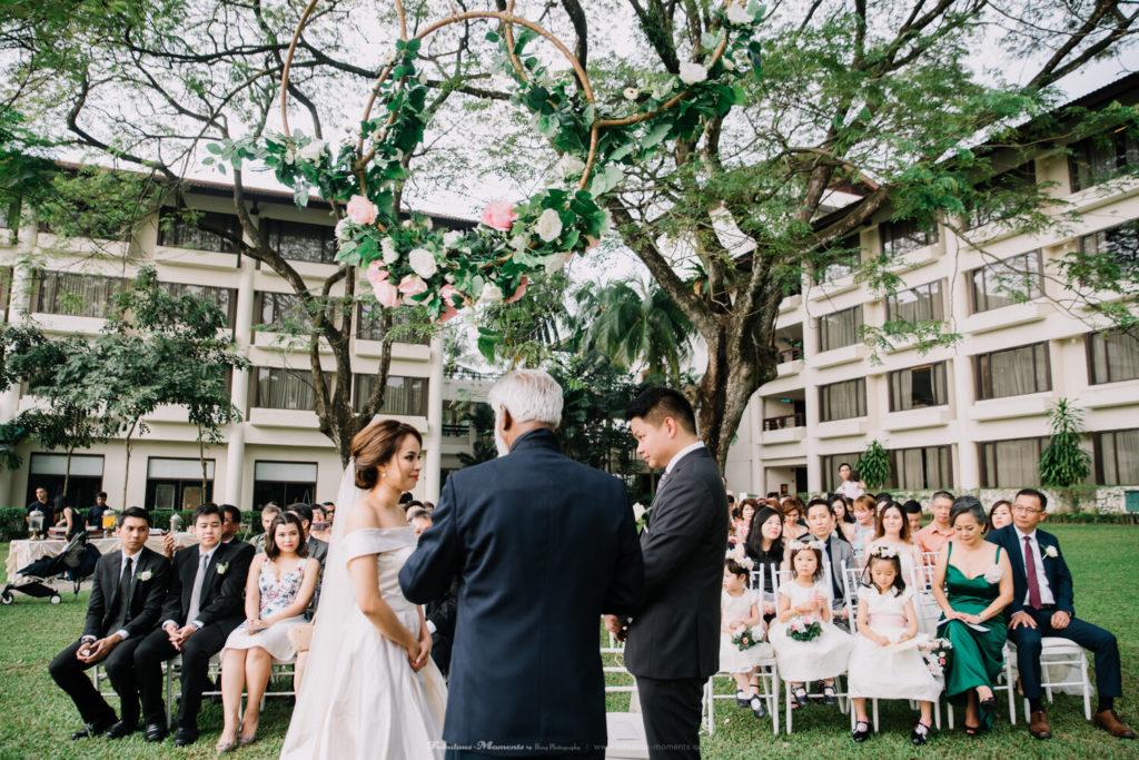 saujana hotel malaysia venue wedding photographer garden