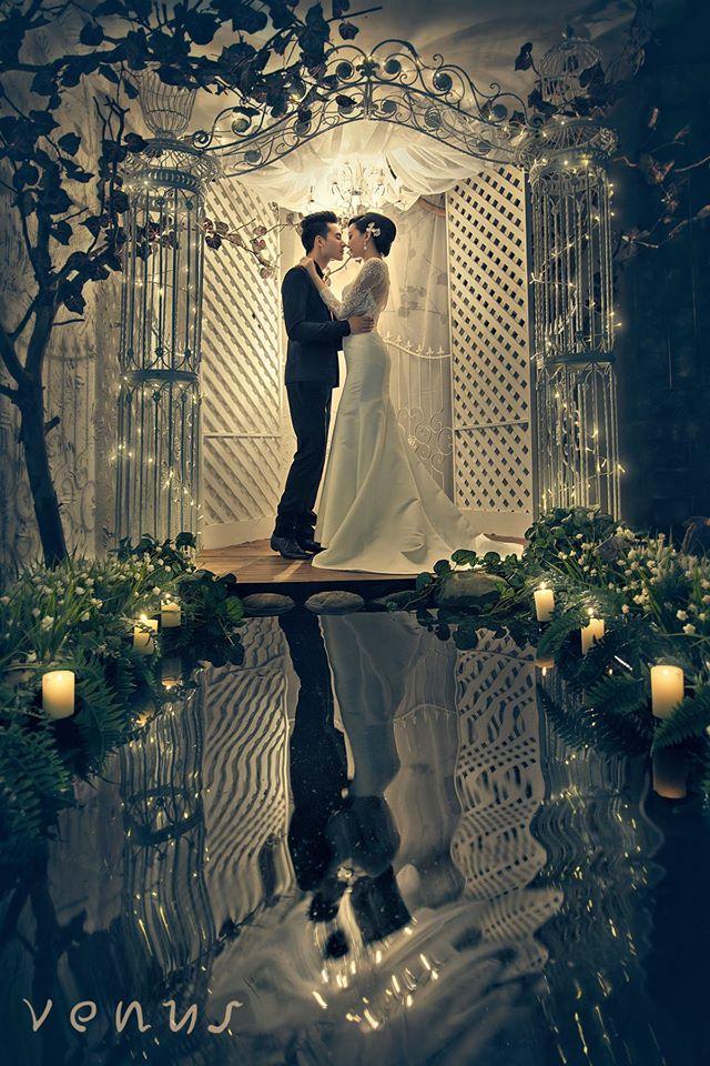 venus bridal selection studio photography johor jb mirror